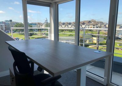 Premium Desk to be fully productive in a work environment. Malahide village. Fingal area.
